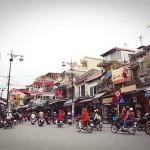 Taxi tải giá rẻ tại phố Hàng Đào-Hà Nội