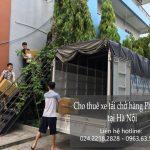Xe tải chở hàng tại phố Tô Tiến Thành